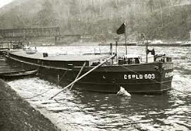 Nákladní člun