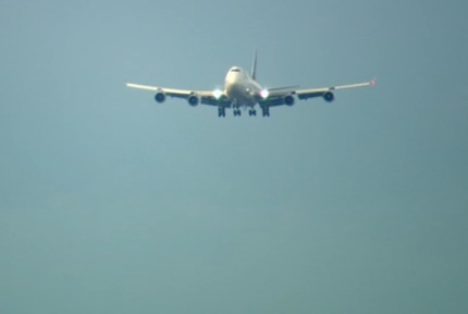 Úkolem dispečera bylo udržovat mezi letouny na odletu i příletu bezpečné rozestupy, ale ne moc velké, aby nedocházelo ke zpožděním.