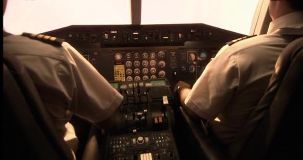 Hustota dopravy vzrostla z nějakých 175 letů za den na přibližně 225 letů a bylo to přiměřeně víc náročné na dispečery i posádky letadel.