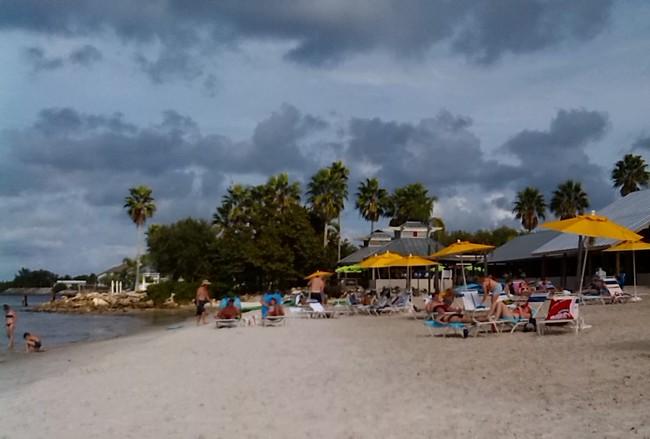 Tyhle je ze zalivu ve Venice a Tampa Bay. Koupali jsme se nekolikrat denne, kazdy den. Takoveto pocasi se nam uz nepovede.